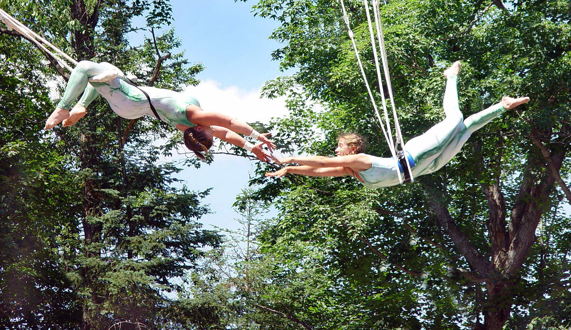 summer_circus_camp_flying_trapeze